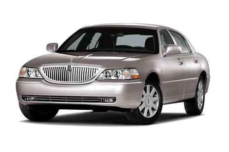 "<a href=""http://www.cars.com/lincoln/town-car/"">Lincoln Town Car prices, photos & reviews</a>"