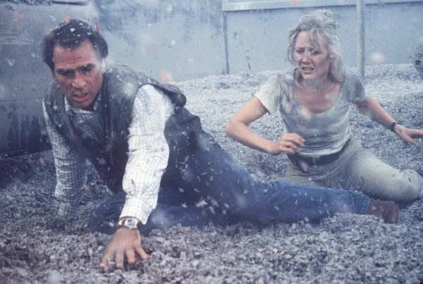 "Tommy Lee Jones and Anne Heche in 1997's ""Volcano."""
