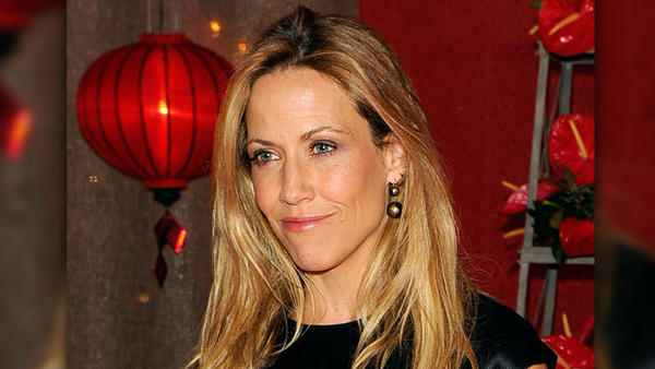 Sheryl Crow Files Request For Restraining Order