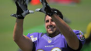 Ravens' Dennis Pitta has surgery for broken bone in right hand