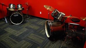 New Wichita school teaches kids to rock