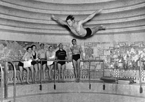 Weissmuller ruled the pool in the 1924 Olympics in Paris. He took five golds in swimming and won a bronze in water polo. Over the course of his swimming career, he never lost a single race.