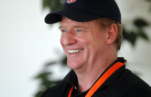 NFL commissioner Roger Goodell meets with Bears fans during training camp.