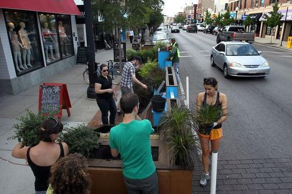 "A 'Parklet"" in Chicago"