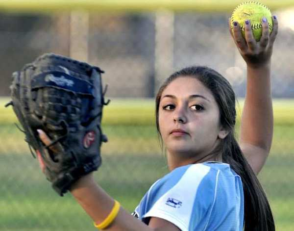 Alex Howard went three for five with a run batted in for the Crescenta Valley-Foothill Junior All-Star softball team in a 14-3 win over Montana to open the Western Regional Tournament Thursday.