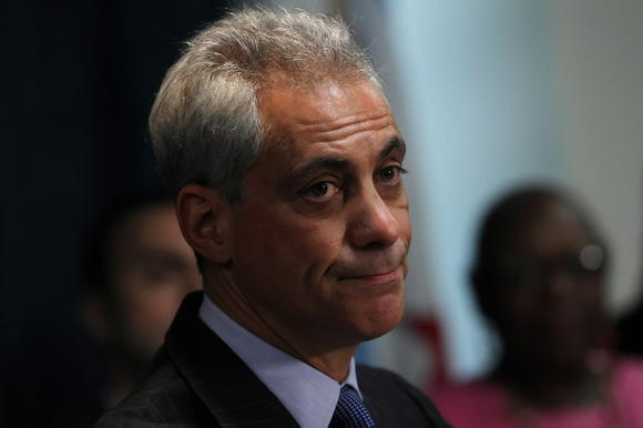 Emanuel changes response on Solyndra questions
