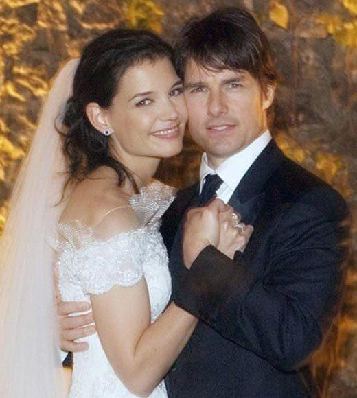 Celebrity Weddings: Alec Baldwin, Tom Cruise and More!: After famously declaring his love for the Dawsons Creek actress while jumping on Oprah Winfreys couch, the couple exchanged vows at an Italian castle in November 2006. Their A-list guests included Marc Anthony and Jennifer Lopez, Steven Spielberg, Victoria Beckham, J.J. Abrams, John Travolta and Will Smith.