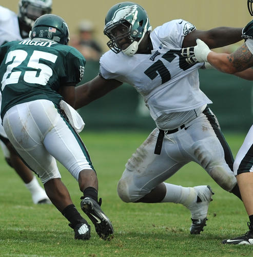 LeSean McCoy tries to get by Cedric Thorton during Eagles training camp at Lehigh University.