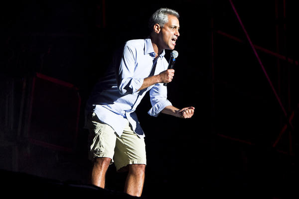 Mayor Rahm Emanuel introduces The Black Keys at Lollapalooza on Friday, Aug. 3, 2012.