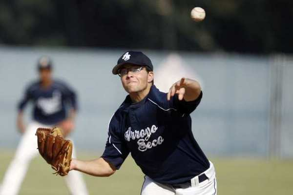 Arroyo Seco's Elliot Surrey pitches the ball during a game against Puerto Rico Friday.