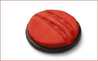 Oreo celebrates the landing of NASA's Mars rover, Curiosity, with a red, red cookie