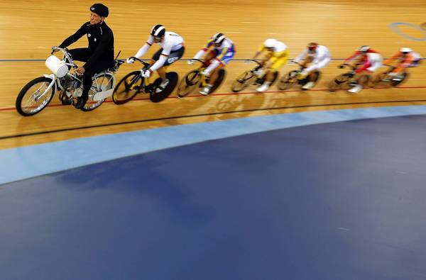 Olympic cycling pace-setter by Chicago tribune