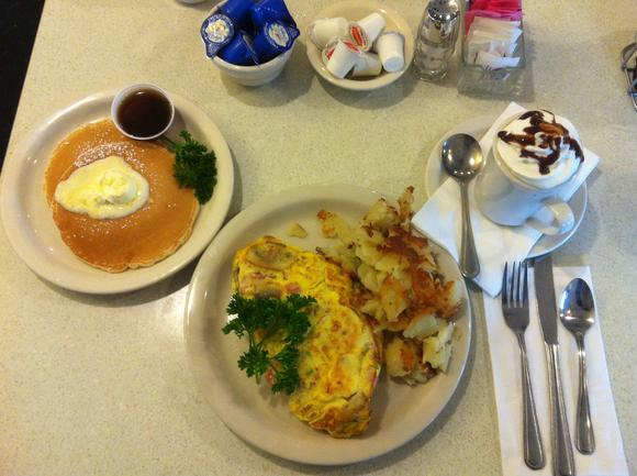 Lunchbox: Sunrise Grill and Pancake House