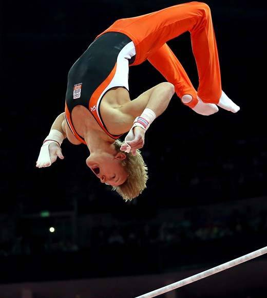 2012 Summer Olympics Best and Worst moments: Epke Zonderland of the Netherlands took to the high bar for the mens finals Tuesday (Aug. 7) and put on a stunning display of athleticism. His release moves were enormous and he capped it off by absolutely nailing the dismount. The entire audience was on its feet cheering him on and a huge roar went up when his score of 16.533 gave him the gold medal. It was, without question, the best single gymnastics routine, men or women, of the entire games.  -- Andrea Reiher, Zap2it
