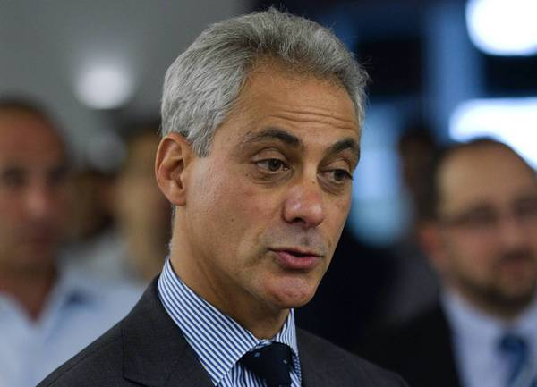 Mayor Rahm Emanuel expressed confidence in his administration's plan to introduce bike rental stations in several city neighborhoods, despite a decision to push back the program's rollout until spring.