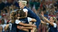 LONDON -- When the clock finally ran out on the U.S. soccer team's gold medal win over Japan on Thursday, a group of players ran from the sideline to goalkeeper Hope Solo while another dashed toward the other end of the field to dog-pile atop Carli Lloyd.