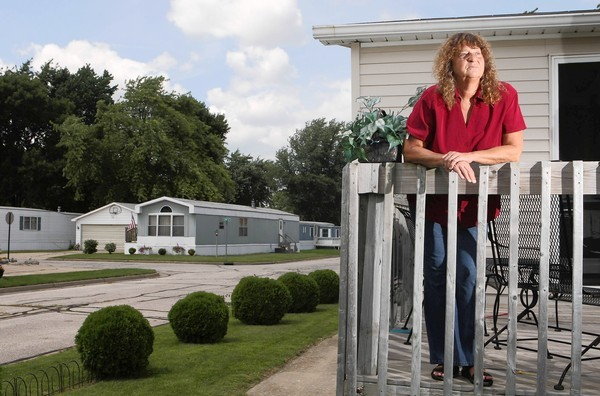 Shirley Palmer's brother Alvin Essary died at a nursing home on the North Side in 1999 of clozapine intoxication. Palmer, of Bloomington, Ill., said she can't believe the doctor who prescribed the drug to Essary is still practicing.