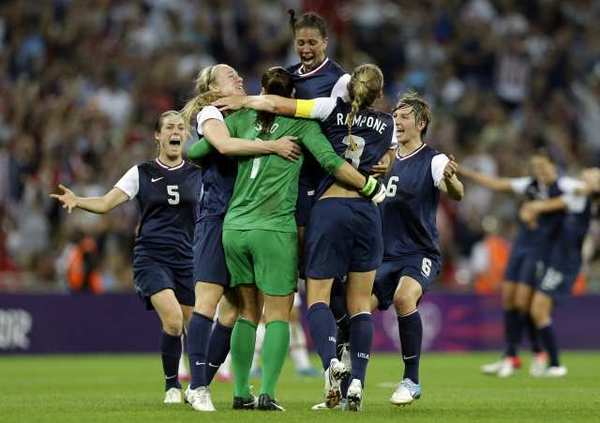 The U.S. women's soccer team celebrates its victory over Japan.
