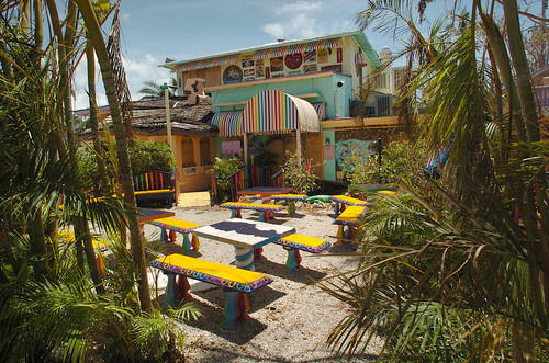 Florida Getaways of the Day - <b>Sanibel and Captiva Islands:</b> The Bubble Room
