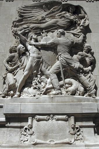 The battle of Fort Dearborn, which set the course for the future city of Chicago, is depicted in this relief on a Michigan Avenue bridge house.