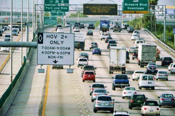 The I-95 HOV lane is empty during rush hour morning traffic on I-95 south of Sunrise Blvd., Tuesday, Aug. 14, 2102, despite the fact that the rules are no longer in effect.