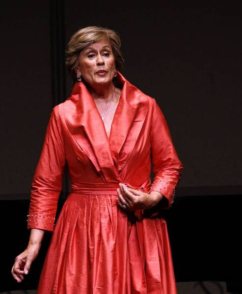 Soprano Kiri Te Kanawa, performing at the Martin Theatre of Ravinia Park on Tuesday.