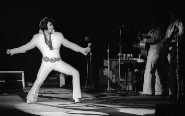 Elvis Presley, in a 1970 performance at the Inglewood Forum, is being celebrated on the 35th anniversary of his death.