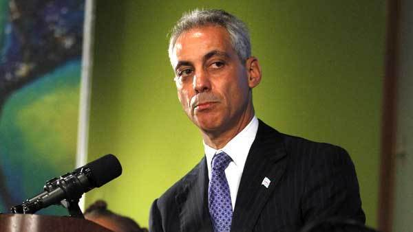 Mayor Rahm Emanuel announces plans for Northerly Island Park on Thursday at the Field Museum.