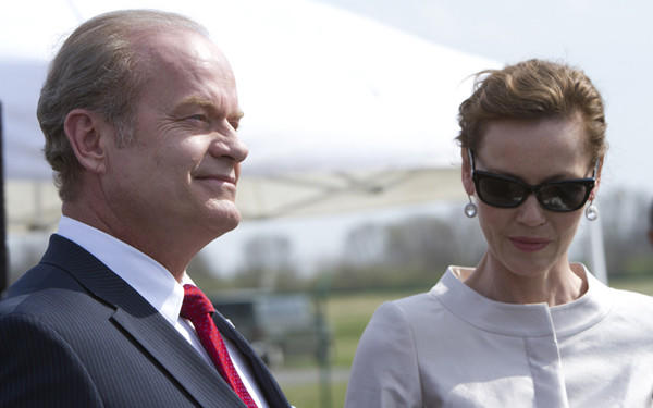 "Mayor Tom Kane (Kelsey Grammer) and Meredith Kane (Connie Nielsen) attend a groundbreaking in ""Boss."""