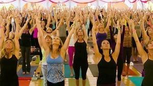 Santa Monica yoga event to raise funds