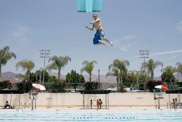 The Burbank City Council on Tuesday officially approved extending the aquatic season at McCambridge Park pool through Oct. 15.