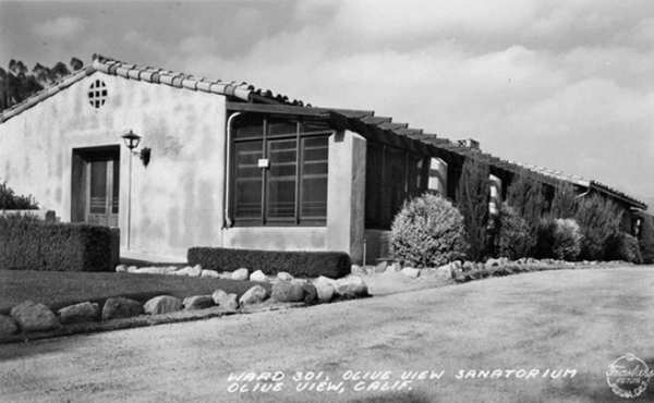 A 1939 photo of Ward 301 of the Olive View sanitarium. Olive View-UCLA Medical Center's new high-tech tuberculosis unit came about as part of a $53-million federally funded renovation of the public hospital's emergency room to equip it for a bioterrorism attack. For now, it serves highly infectious or difficult-to-treat TB patients.
