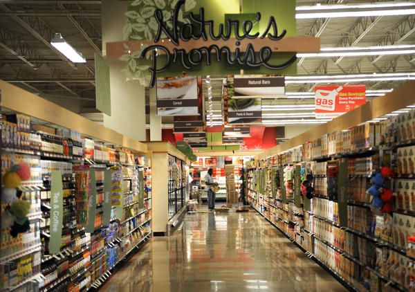 The natural foods aisle at the Perry Hall store on Bel Air Road. The store will be a prototype for other Giant outlets.