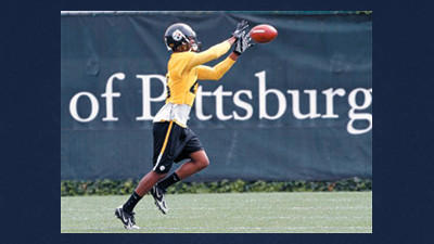 Pittsburgh Steelers cornerback Ike Taylor hauled in a rare pick six against the Indianapolis Colts on Sunday.