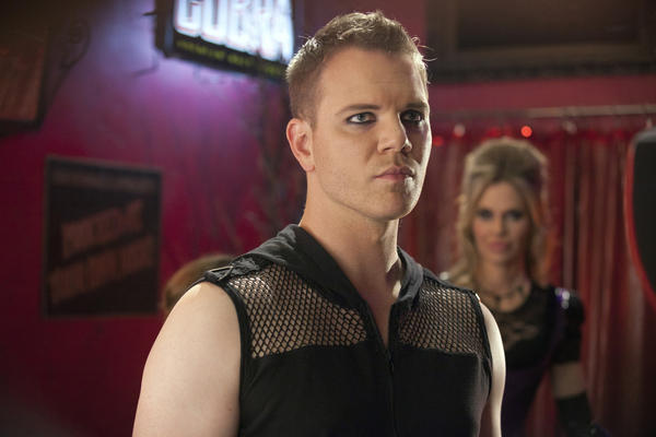 'True Blood': The best and worst of Season 5 [Pictures]: Hoyt, still not over Jessica, decides to bolt to Alaska for a job -- but not before making Jessica rid him of all memories of her and former best friend Jason. At least its better than him being a fang banger and wearing eyeliner.