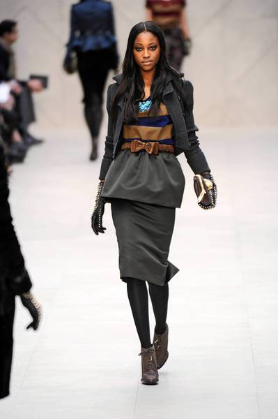 Curves at Burberry Prorsum