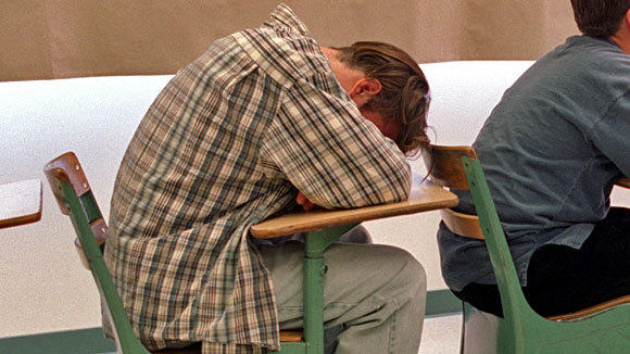 Lack of sleep resulted in poor test performance and reduced comprehension in the classroom, researchers found.