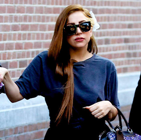 Lady Gaga Goes Brunette