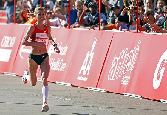Liliya Shobukova on her way to winning the 2011 Chicago Marathon