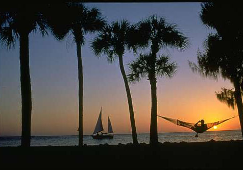 Florida Getaways of the Day - <b>Siesta Key:</b> Wiggle your toes in the finest, whitest sand around