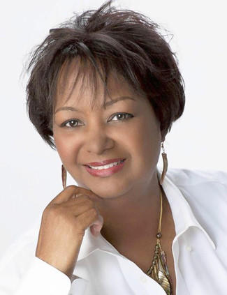 Author Rachel Renee Russell