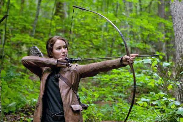 "Jennifer Lawrence (""Katniss Everdeen"") stars in Lionsgate Home Entertainment's 'The Hunger Games.'"