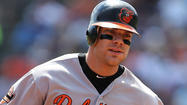 Orioles' Chris Davis records three-homer game against Blue Jays