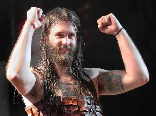 "Chicagoan Justin ""Nordic Thunder"" Howard swept the competition Friday to win the 2012 Air Guitar World Championships in Oulu, Finland."