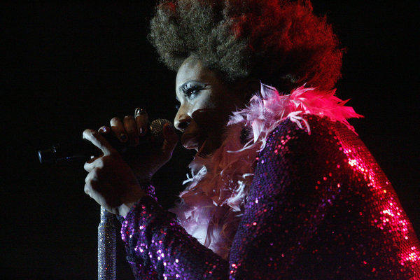 Macy Gray performs at the Americana in Glendale on Thursday, August 23, 2012.
