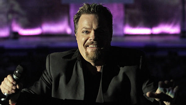 "<a href=""https://twitter.com/eddieizzard/status/239453104272195585"">@eddieizzard</a>: Very sad & a great man. He & all astronauts have great inspired the world - First man on the Moon Neil Armstrong dies"