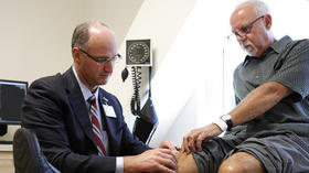 A wake-up call following knee replacement