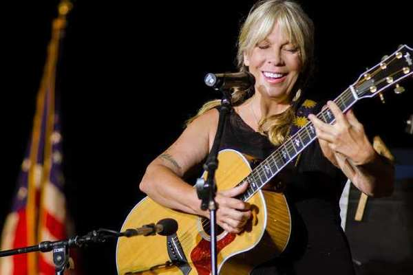 Jazz notable Rickie Lee Jones was the featured soloist at the Muse/ique concert.