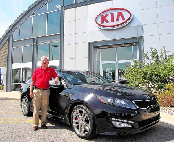 The Kia Optima offers value and quality to match its head-turning looks, said Del Vohs, a sales consultant at Tyler Automotive in Niles.