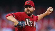 Orioles acquire Joe Saunders from Diamondbacks